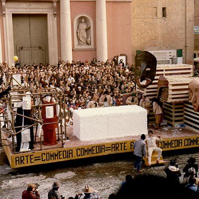 1981-arte-commedia-commedia-arte